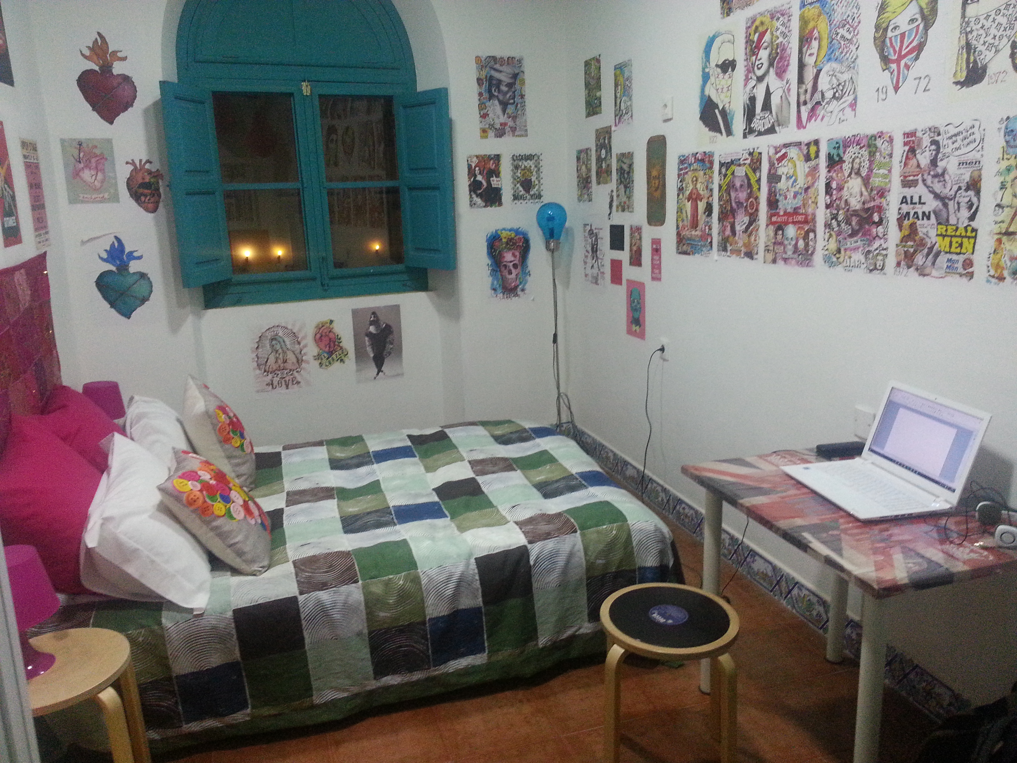 Private Room at Sevilla Kitch Hostel Art