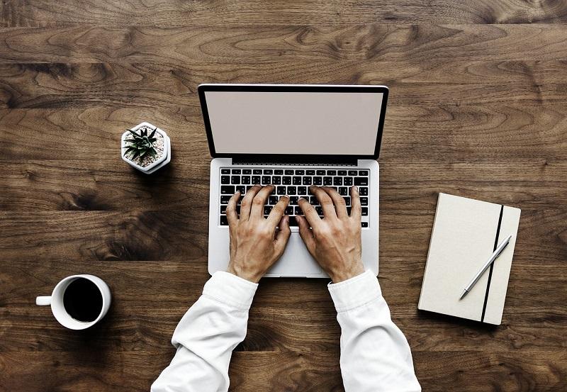 The Desks I Left Behind Me (My Digital Nomad Life in 2018)