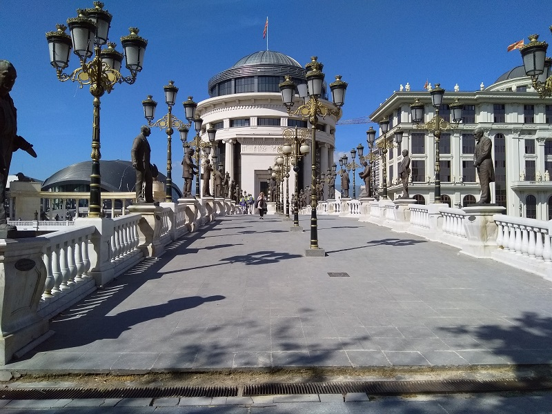Art Bridge (Skopje): Lots and Lots of Statues