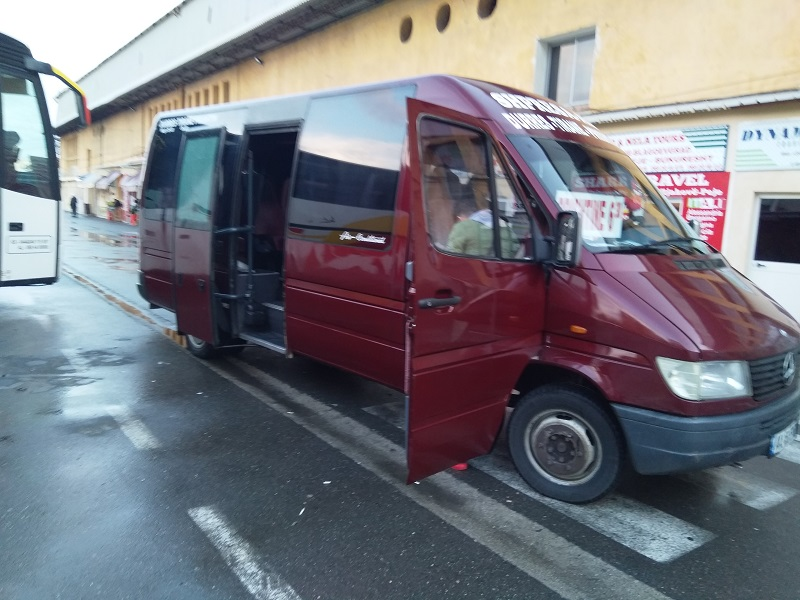 Regular Minibus Service Between Tirana and Pristina