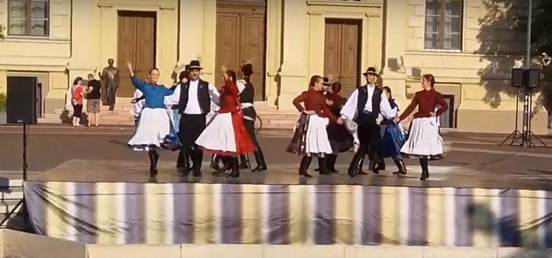 Hungarian Folk Dancing in Szeged (They Dance Fast!)