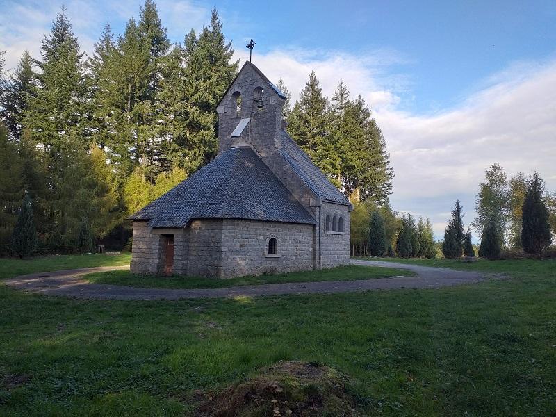 La Cahpelle de Pennacorn is built on a spot where a miraculous event took place.