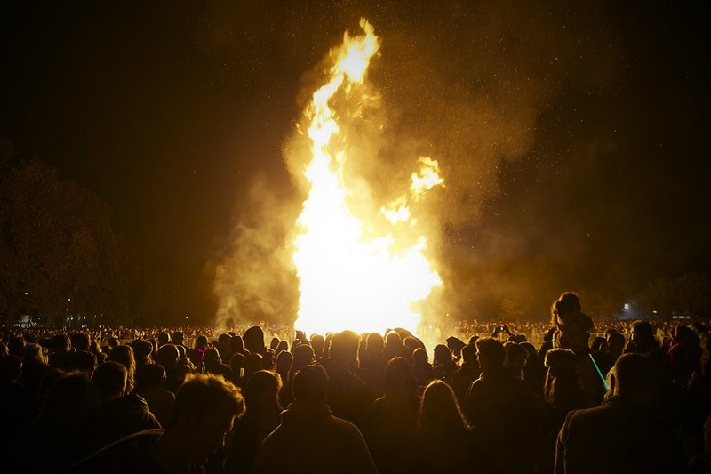 Bonfire Night in Britain (Battersea Park, London - November 5th, 2011)
