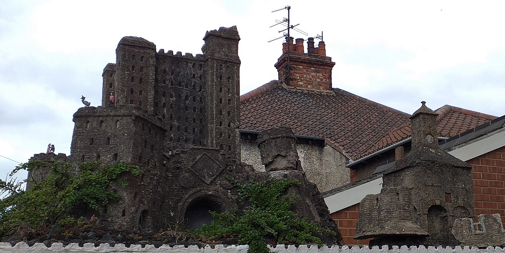 Model Castle at Yarm. The small model to the right of the castle represents Yarm Town Hall