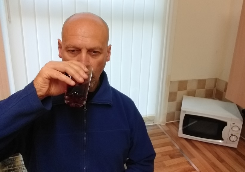 Drinking Vimto for the First Time in 40+ Years - I still Don't Like it!